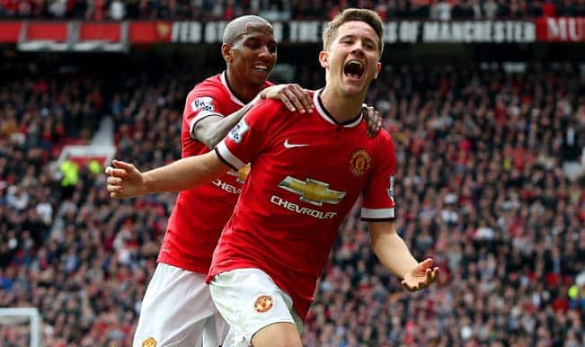 Barclays Premier League 2014-15: Ander Herrera stars as Manchester United move third with 3-1 win over Aston Villa