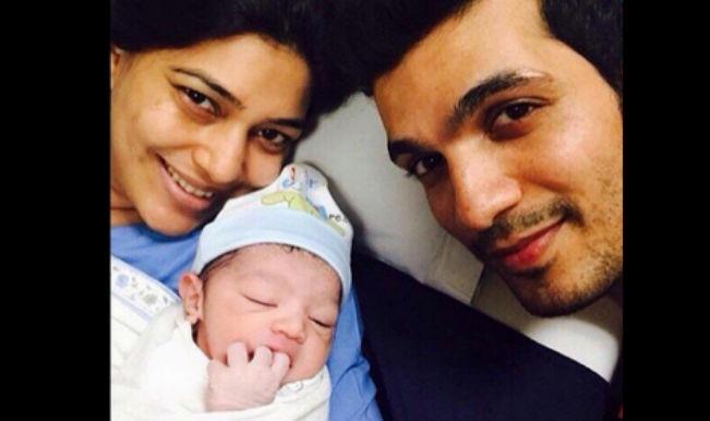 Meri Aashiqui Tum Se Hi: Shikhar aka Arjun Bijlani enjoying fatherhood!
