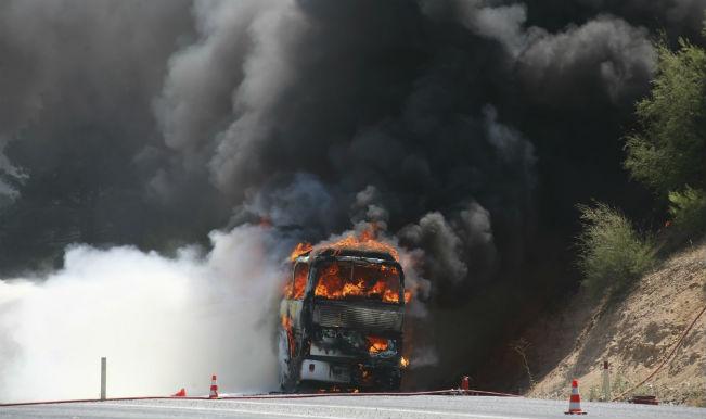 अमेठी में बस में लगी आग, 9 की मौत
