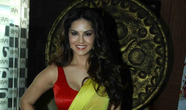 Sunny Leone sends love messages on Twitter to Daniel Webber on 4th anniversary