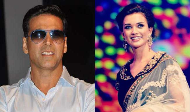 Singh is Bling: Akshay Kumar requests British actress Amy Jackson to remove Prateik tattoo!