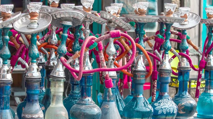 Iran slaps ban on hookahs in holy city of Qom