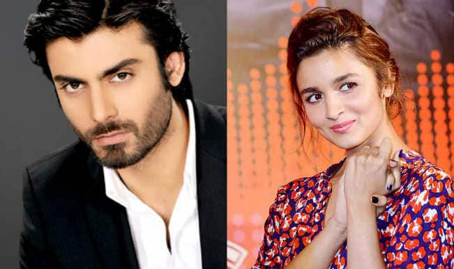 OMG: Fawad Khan uncomfortable shooting intimate scenes with Alia Bhatt in Kapoor and Sons!