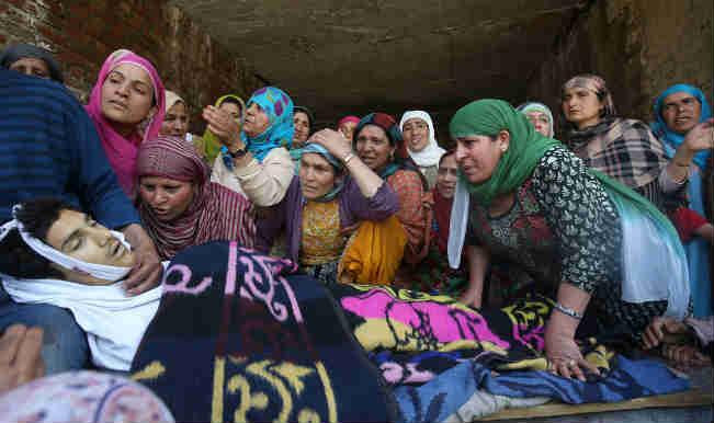 कश्मीर में हालात तनावपूर्ण लेकिन शांति रही