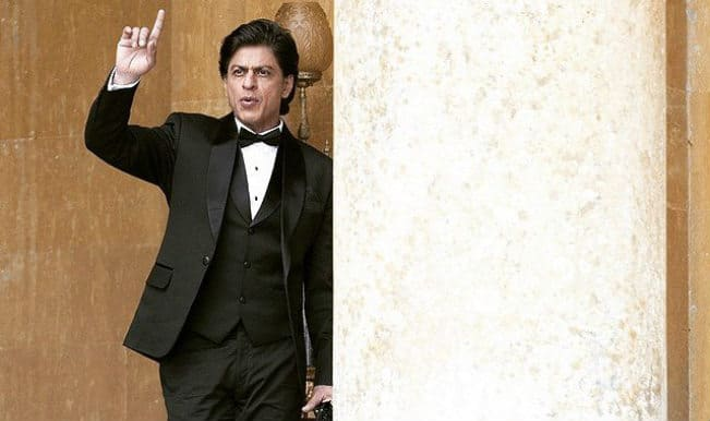 Shah Rukh Khan receives Dadasaheb Phalke Film Foundation Award for Happy New Year