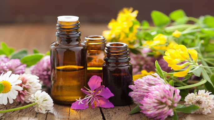 5 Essential Oils to Help You Relax and Unwind