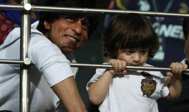 [Image: srk-with-abram.jpg]