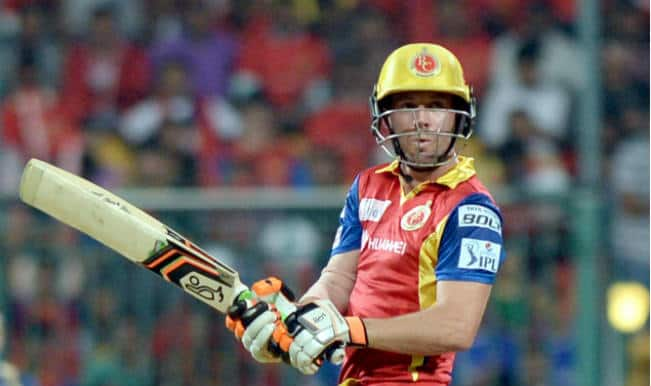 AB de Villiers OUT! CSK vs RCB IPL 2015 Qualifier 2: Watch Video highlights of Fall of Wicket