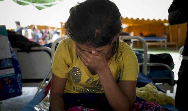 नेपाल भूकंप: मरने वालों की संख्या 28 के पार, 400 से ज्यादा घायल