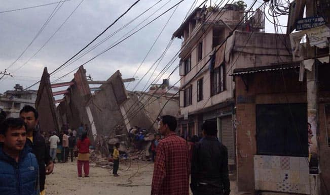 Earthquake shakes Nepal, India, China