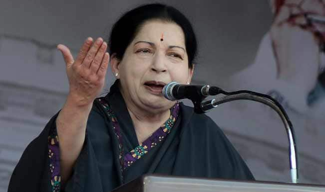 J Jayalalithaa meets Tamil Nadu Governor to stake government formation claim