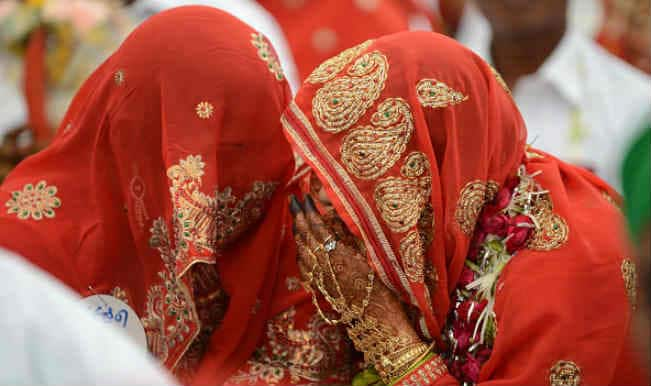 Gujarat News: 63 साल का किसान ढूंढ रहा है सातवीं पत्नी, 21 साल छोटी पत्नी ने लगाया है ये आरोप
