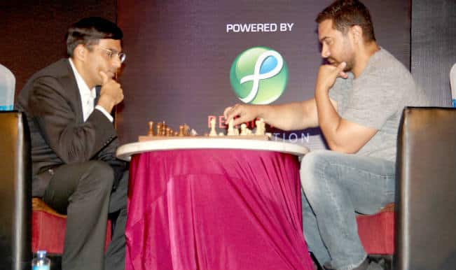 Aamir Khan plays chess with Viswanathan Anand, loses!