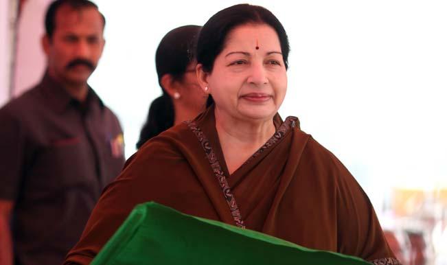 जयललिता ने ली मुख्यमंत्री पद की शपथ