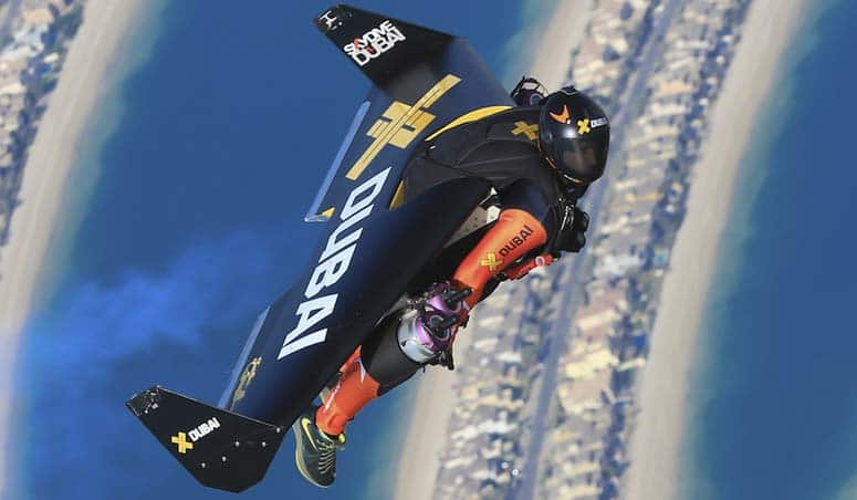 Jetman Dubai: Young Feathers – Watch Yves Rossy and his protege Vince Reffet set the latest super-rich trend
