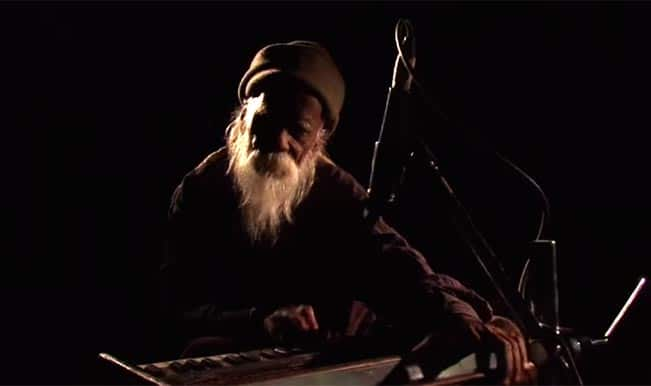 """A Bohemian Musician – FTII Documentary: Meet Keshav Lal, a wanderer with  magical fingers. """""""