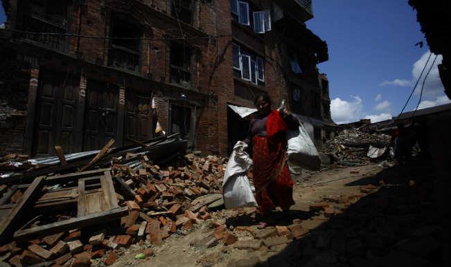 Strong quake rocks Papua New Guinea, local tsunami possible