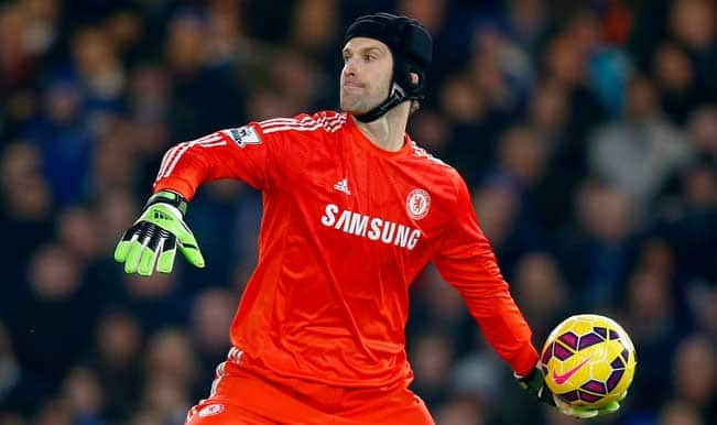 Chelsea goalkeeper Petr Cech closing in on Arsenal move
