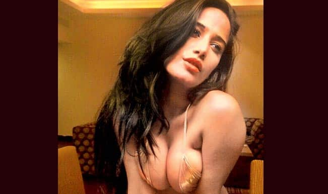 Poonam Pandey in Helen: Sexual, sensual, sultry or downright tacky?