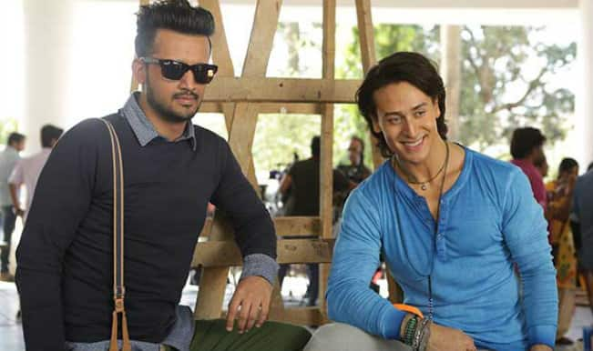 Comedy Nights With Kapil: Tiger Shroff has a gala time with Kapil Sharma's family!