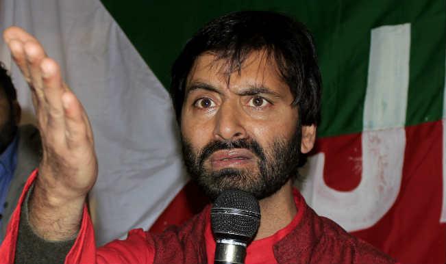 कश्मीर में हिरासत में लिए गए शीर्ष अलगाववादी नेता