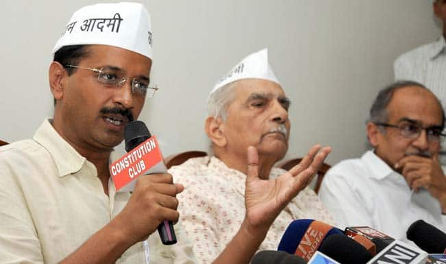 AAP accuses UPA, NDA of protecting riots accused