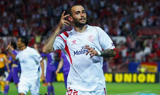FC Barcelona sign Aleix Vidal from Sevilla despite transfer ban