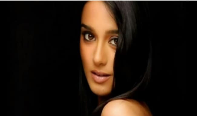 Amrita Rao birthday special: Bollywood's girl-next-door goes HOT!