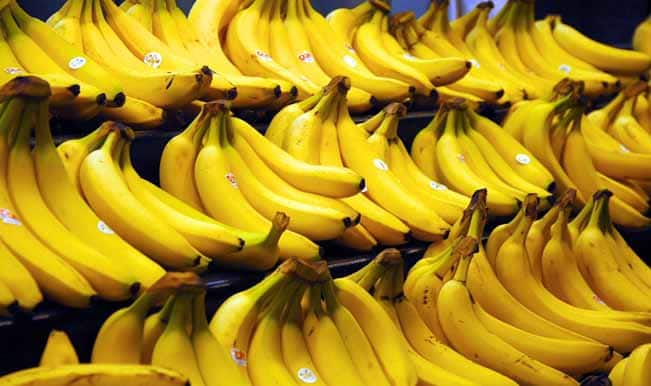 Black to edible banana: Watch how you can rejuvenate fruit with a hair dryer