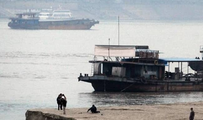 China ship capsize: 14 rescued, over 430 missing