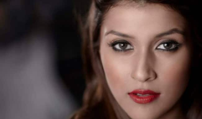Mannara Chopra: I've learnt a lot from Priyanka Chopra, Parineeti Chopra