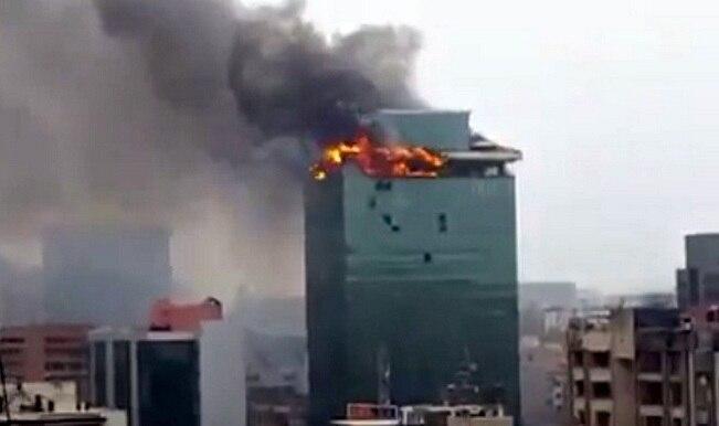 दिल्ली के प्रगति टावर में भयंकर आग
