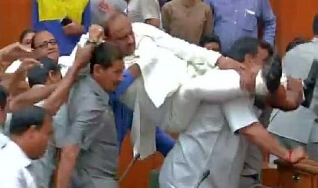 BJP MLAs marshalled out of Delhi Assembly Session again!
