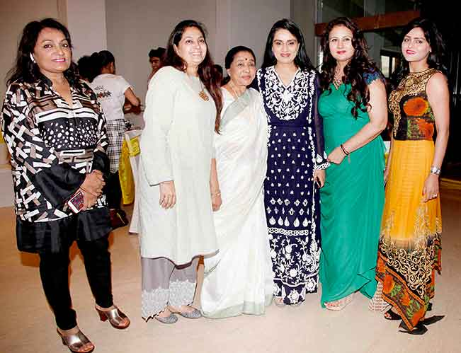 Asha Bhosle & Padmini Kolhapure support Poonam Dhillon's Charity Event for farmers!