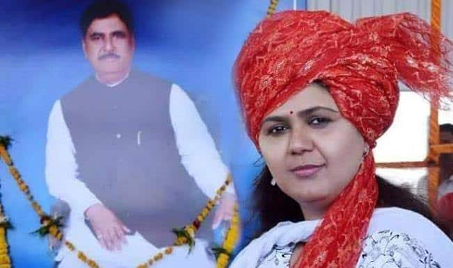 Voting begins in RK Nagar, Jaylalithaa eyes return to legislative assembly