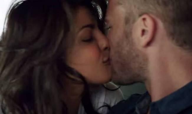 Najlepši filmski poljubac - Page 2 Priyanka-chopra-kiss-in-quantico