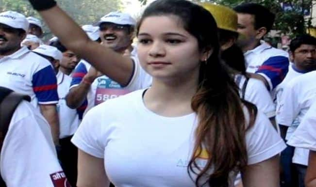 Pretty Sara Tendulkar spotted with cricketer dad Sachin Tendulkar and mom Anjali in Mussoorie