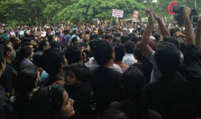 बिहार में स्कूल निर्देशक की हत्या के खिलाफ प्रदर्शन