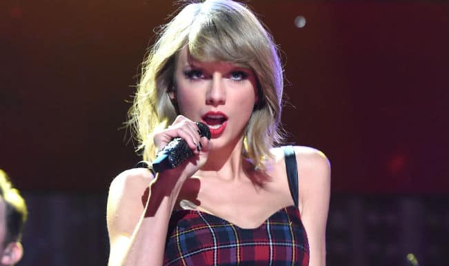 Taylor Swift's '1989' album available on Apple music