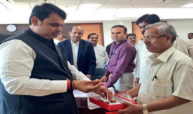 50-year old peon of Devendra Fadnavis clears class 10 exam in 28th attempt