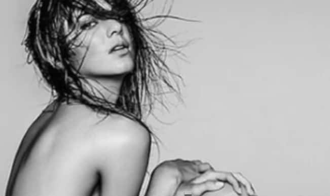 HOT! Watch the best of Kendall Jenner's sexy pictures