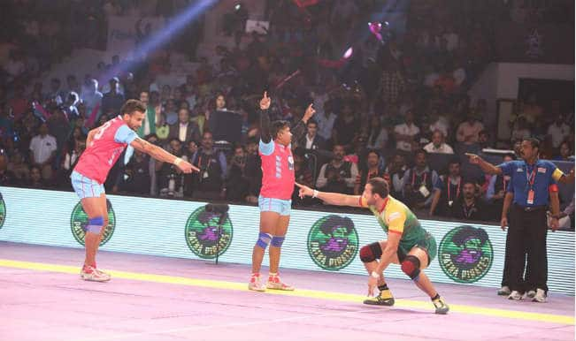 JPP 25 vs DD 35 | Pro Kabaddi League 2015 Live Score: Jaipur Pink Panthers vs Dabang Delhi Live Points Update
