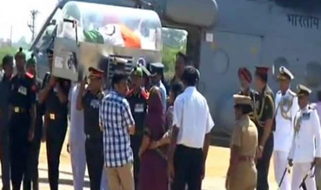 Dr APJ Abdul Kalam's mortal remains reach Rameswaram (Video)