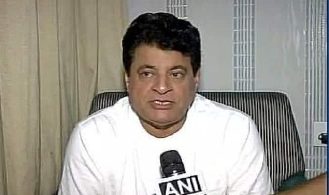 FTII row: What is beyond Gajendra Chauhan's caliber; Is the prolonged protest an over-reaction?