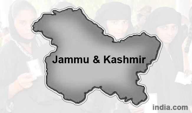 Militants shoot at policeman in Kashmir