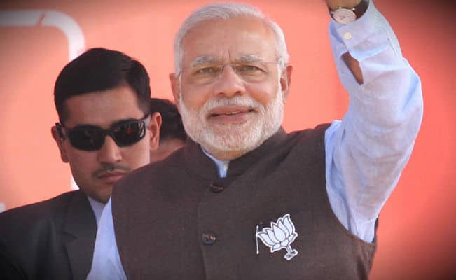 Narendra Modi arrives in Jammu and Kashmir