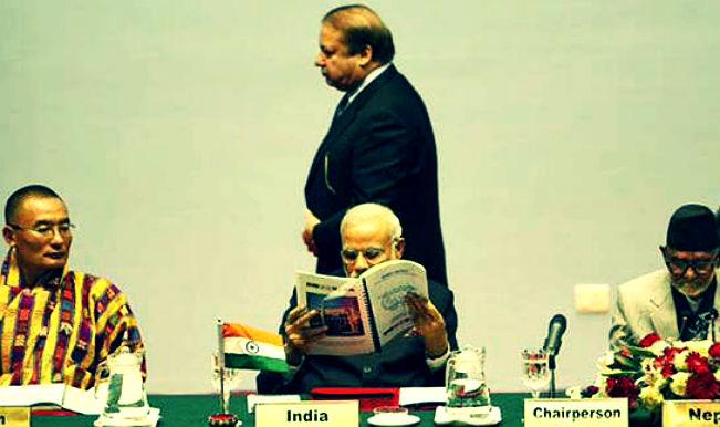 Nawaz Sharif under fire over no Kashmir mention in joint statement