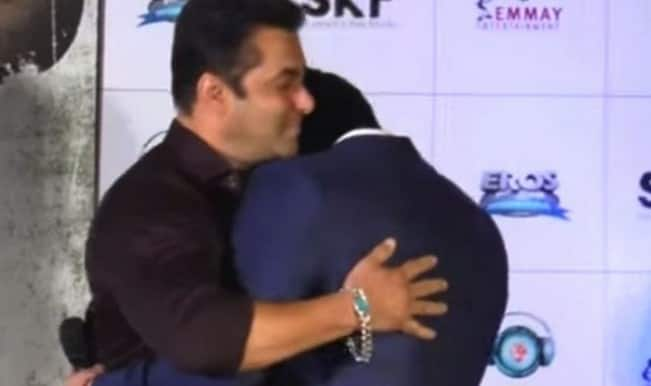 Salman Khan makes Sooraj Pancholi cry at Hero trailer launch: Watch video!