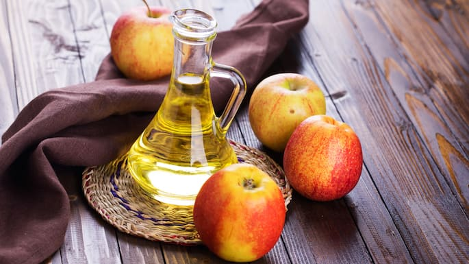 6 Uses For Apple Cider Vinegar in Your Home