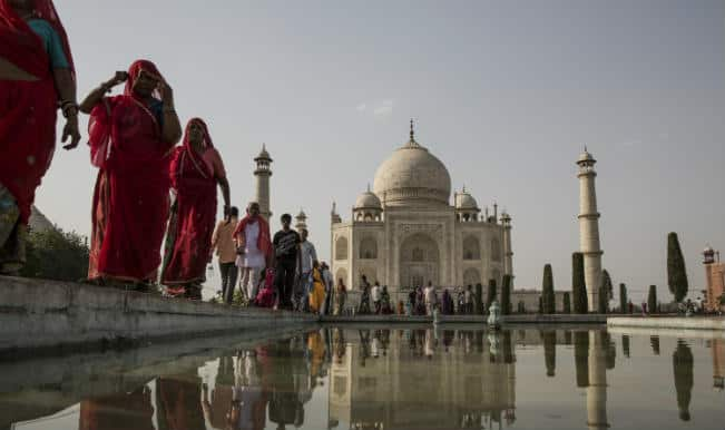 Environmenatlists oppose move to shrink eco-zone near Taj Mahal